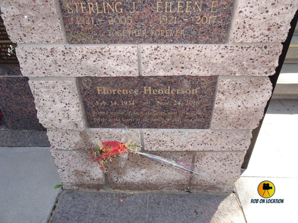 Florence Henderson grave