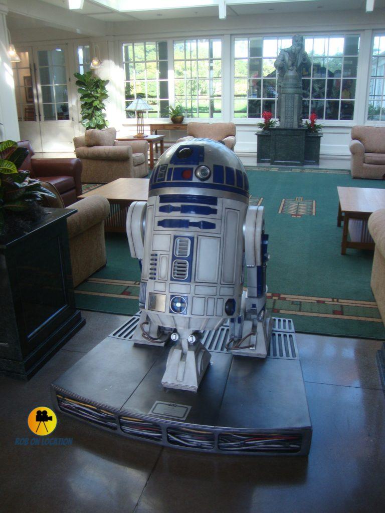 Lucasfilms Lobby R2D2