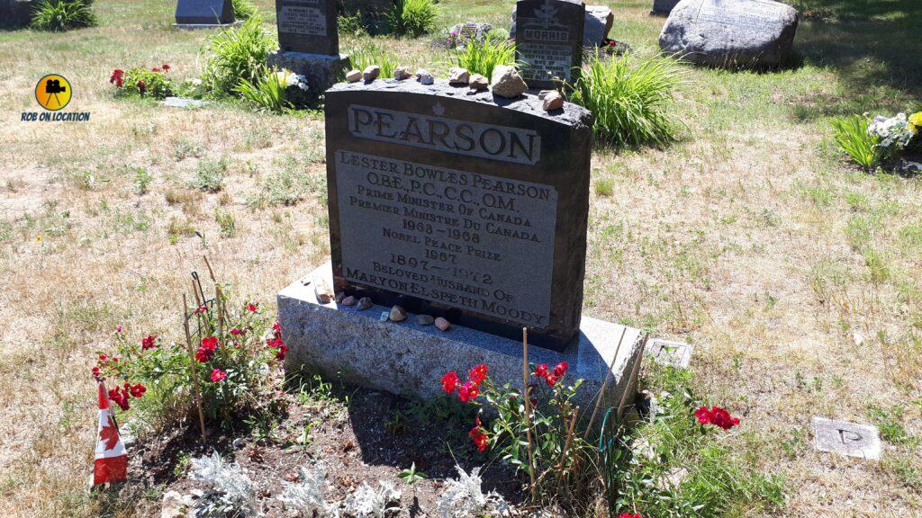 Lester B. Pearson grave