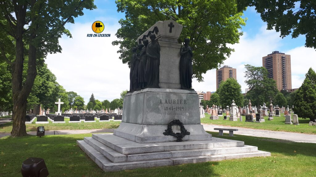 Sir Wilfred Laurier grave